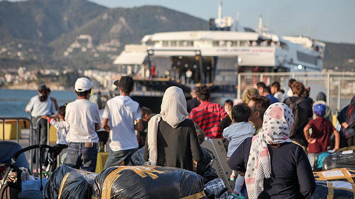 Στο Λαύριο σήμερα το Blue Star Chios με πάνω από 700 αιτούντες άσυλο
